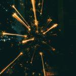 Когда зажигаются елки: зажигательные форматы новогодних акций НКО со всего мира